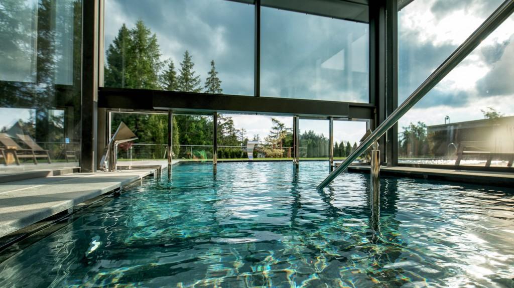 10) Josef Mountain Resort, Avelengo (Bz), la piscina interna-esterna