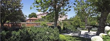 Bauer Palladio, uno dei giardini con recinto murario