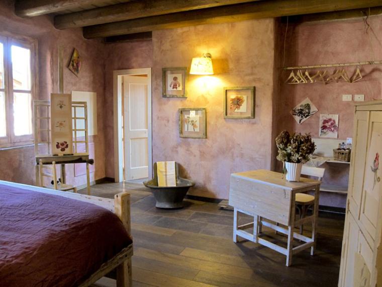 10) Oasi Galbusera bIanca, stanza delle Peonie