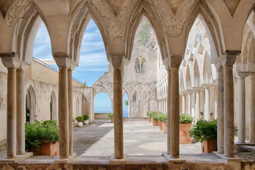 Il chiostro arabo-normanno del Grand hotel Convento, NH collection