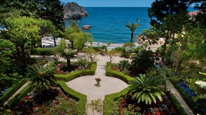 Il rigoglioso giardino del Belmond Villa Sant'Andrea