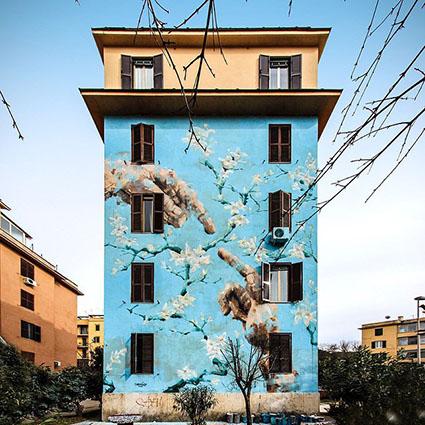La Blossom House di Tor Marancia, tappa dello Street art tour experience, pianificato dagli hotel Bettoja di Roma
