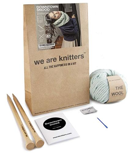 Un kit completo di We are Knitters di Madrid
