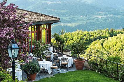 Romantik hotel Turm, il ristorante in terrazza
