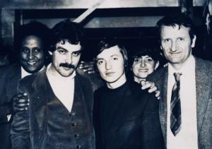 L'exCampione del Mondo Anatoly Karpov. Alla sinistra Aldo Francisci e Roberto Paniagua. Alla destra il famoso scrittore di scacchi  Dimitri Bielica