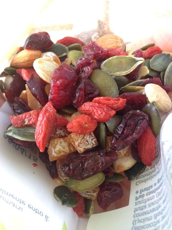 mix di semi e frutta secca_8 mag