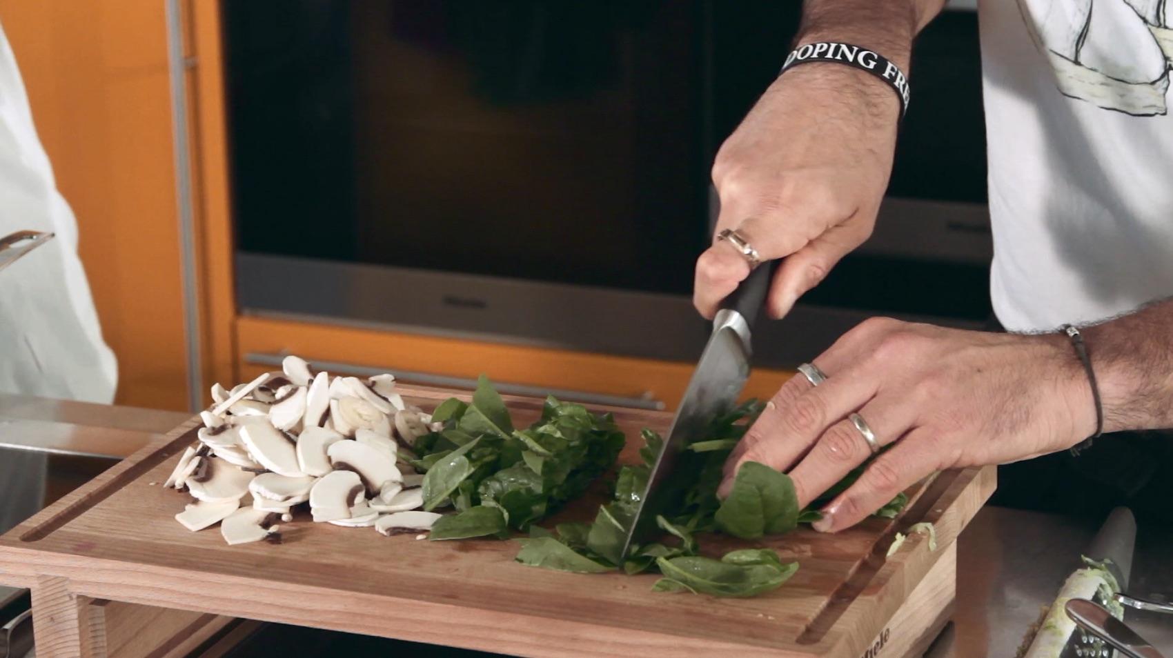 insalata spinacini seitan 9