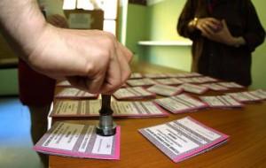 scrutatore-schede-elettorali