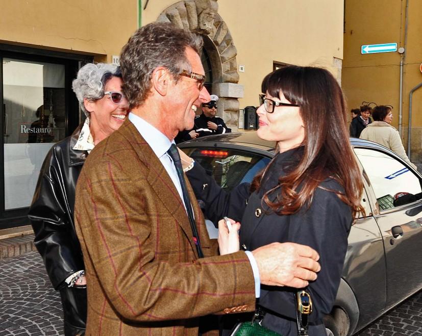 Lucia Annibali con il primario del Centro ustionati di Parma Edoardo Caleffi