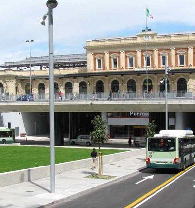 Stazione-di-Parma-400x426
