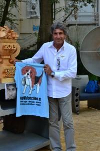 Anche Gianni Ippoliti ha firmato per Stop Vivisection - copyright Cecilia Pennisi