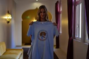 Eva Riccobono madrina della Mostra internazionale del Cinema di Venezia posa a sostegno di Stop Vivisection