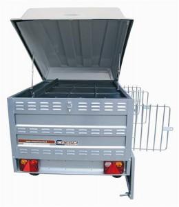 Un modello di carrello per il trasporto di tre cani da caccia: 135 cm di altezza per cm 120 di lunghezza/larghezza