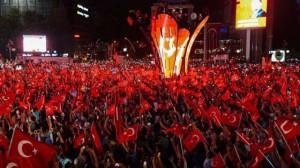 Il popolo turco in piazza