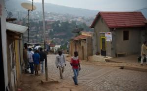 Strade pulite nella periferia di Kigali - Phil Moore / AFP / Getty Images 2014