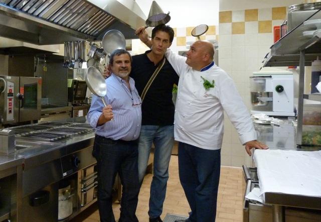 Lo chef Pietro Zito con gli ideatori di Gourmondo