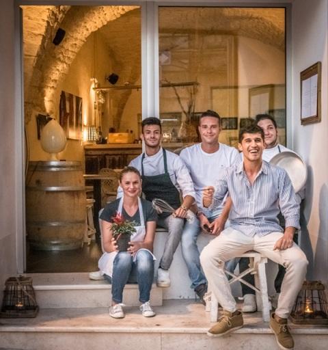 La crew de La Civetta a Ceglie Messapica (Brindisi)