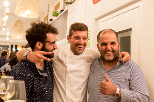 """Da sinistra: Domingo Iudice (il comunicatore), Lucio Mele (lo chef) e Bartolo L'Abbate (il """"pescatore"""")"""
