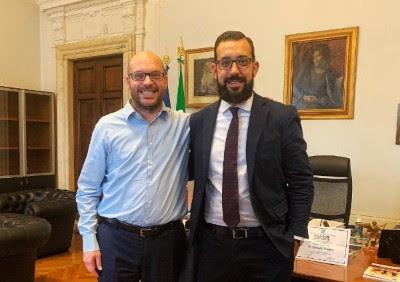 Il ministro Fontana con il rappresentante di Generazione Famiglia Jacopo Coghe durante l'incontro del 4 ottobre 2018