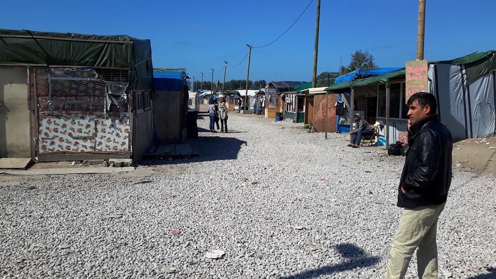 Il campo rifugiati a Calais