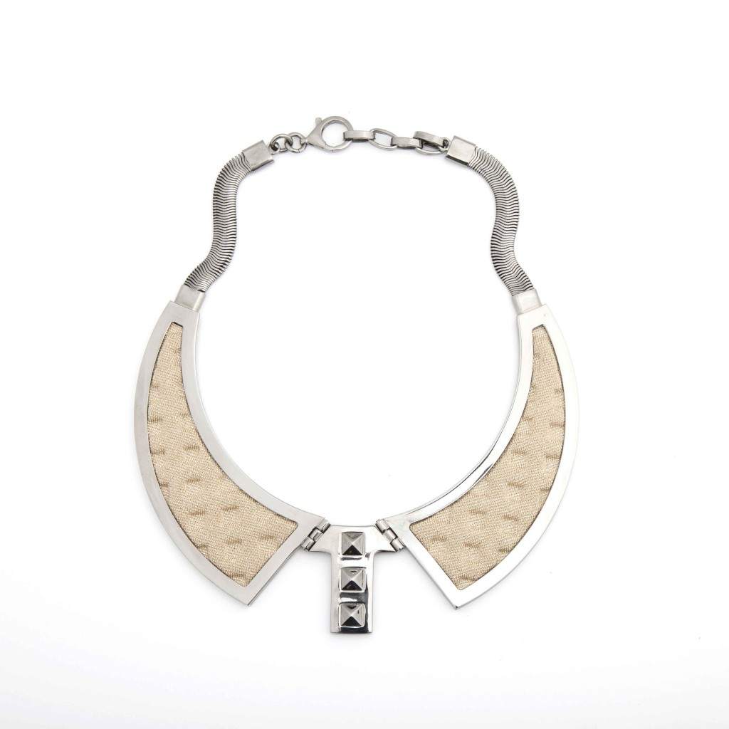 'Bavero-Contemporaneo'-Necklace,-Ruthenium-plated-Brass-and-Golden-Knit-