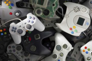 Scattered Videogames Gamepads of Many Brands