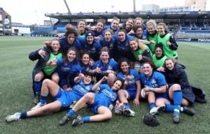 Le ragazze vittoriose all'Arm's Park di Cardiff contro il Galles