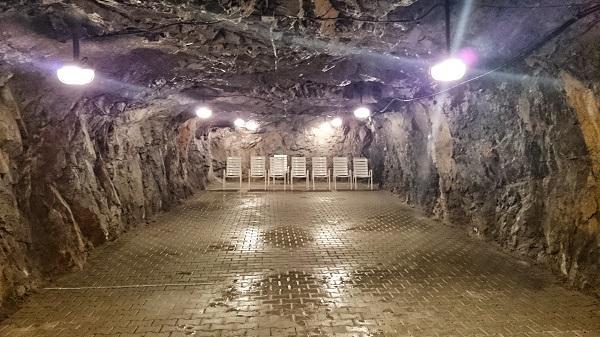la grotta artificiale di Sezana