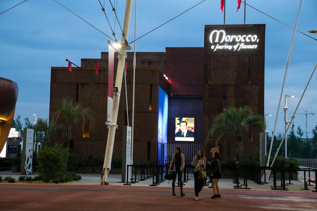 Expo_2015_-_Pavilions_-_Morocco_(17704887920)