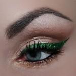 eyeliner-verde-e-oro-per-natale