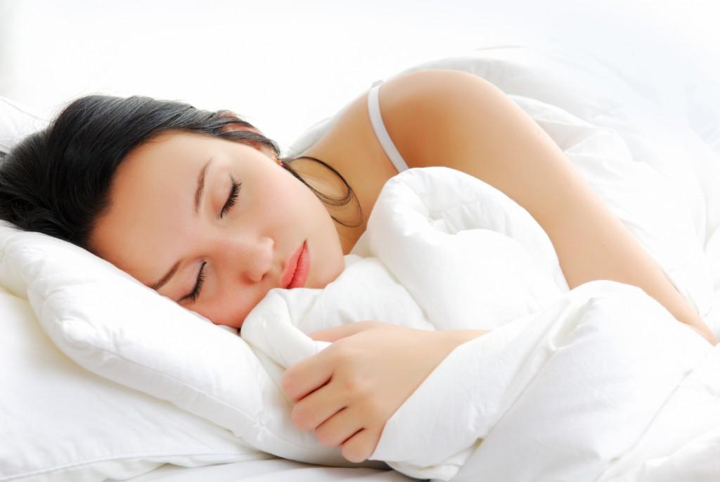 Dormire con la testa sollevata