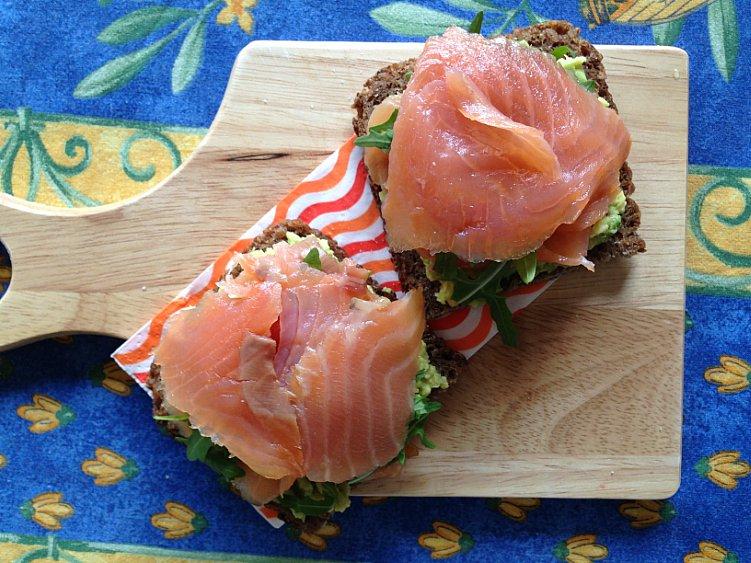 panino salmone avocado