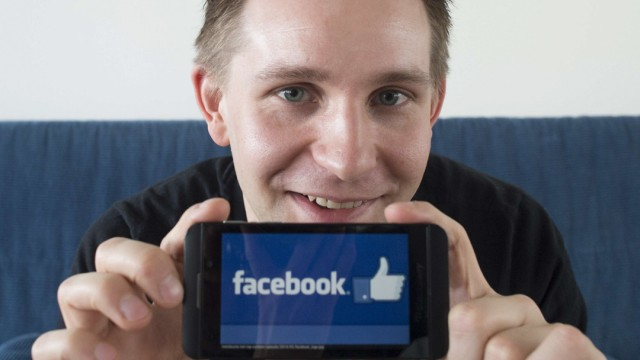 max-schrems-facebook