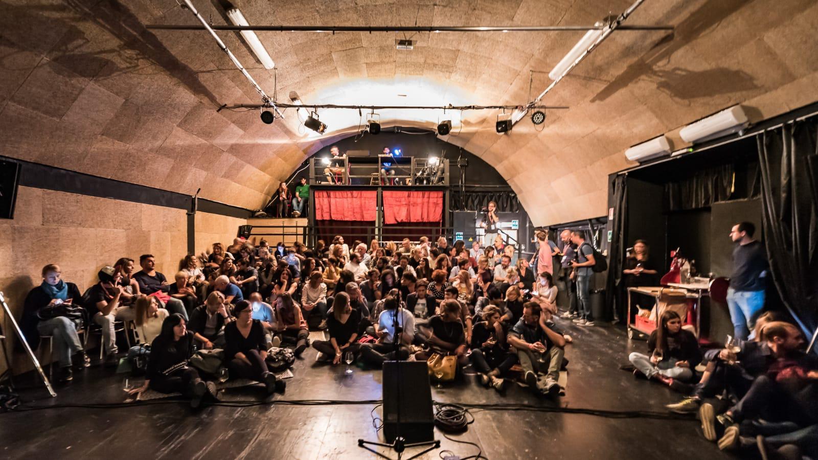 hangar_teatri_interno