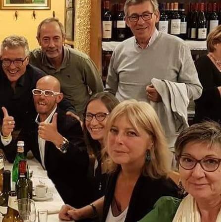 28 settembre 2018, Milano. Seduti al tavolo Leo, Rita, Paola, Tonia.
