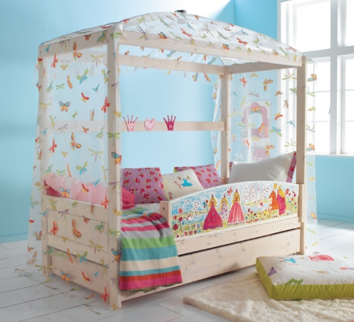 Letto A Baldacchino Per Bambina.Il Letto A Baldacchino Per Bambini Casa Design