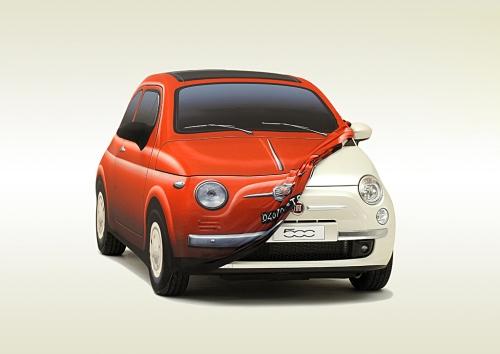 """La """"vecchia"""" e la nuova 500 della Fiat"""