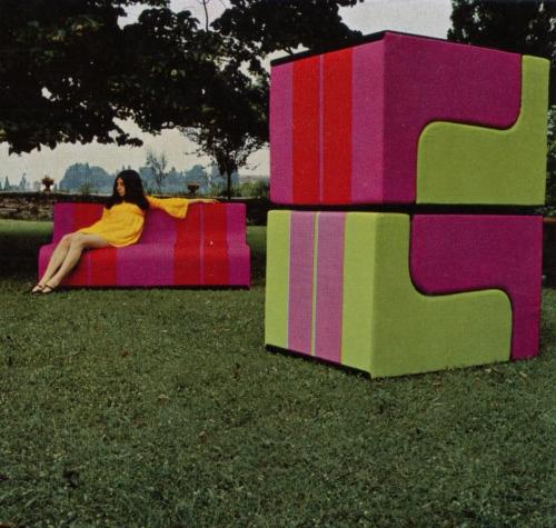 Poltrona e divano componibile Sofo di Superstudio per Poltronova, 1968. La riedizione è in programma per il 2010