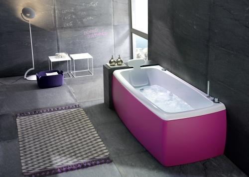 Per personalizzare il bagno, la vasca Lucky di BluBleu