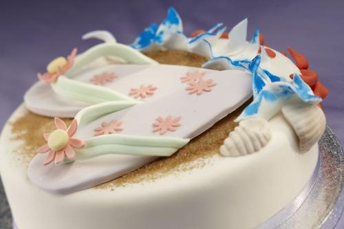 La torta per l'estate, con tanto di scarpa da spiaggia