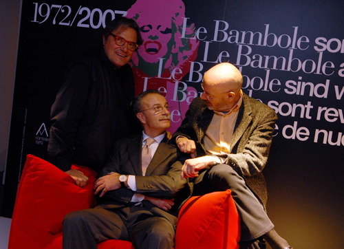 Il celebre fotografo Oliviero Toscani, Giorgio Busnelli e il designer Mario Bellini