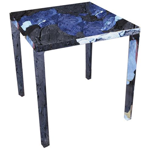 Moda e sostenibilità si incontrano in Rememberme: la sedia di Casamania realizzata interamente con vecchi jeans. Un'idea di Tobias Juretzek