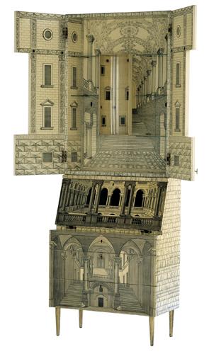 Il Trumeau Architettura, esposto nel 1951 alla Triennale. Disegnato da Gio Ponti, poi modificato da Piero Fornasetti