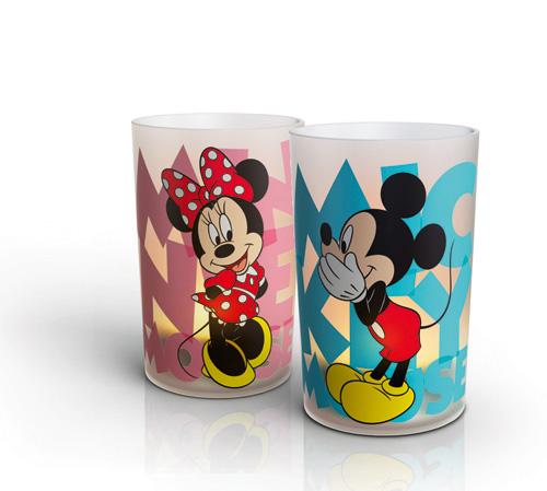 Semplici da usare (basta inclinarle per accenderle e spegnerle), le Candle Mickey e Minnie di Philips e Disney creano la stessa atmosfera di una candela vera ma sono molto sicure. Per i bambini, un'alternativa al classico giocattolo. Il set da 2 costa 19,90 euro