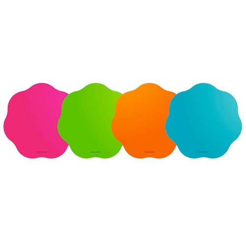 Le tovagliette di Tescoma hanno la forma di una nuvola e sono ideali per i bambini vivaci: in plastica, aderiscono al tavolo e non fanno scivolare i piatti. 4,90 euro