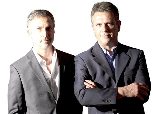 <strong>Fernando e Humberto Campana</strong><br> Felici perché litighiamo <br>Bravissimi, ma  anche baciati dalla fortuna che solo le mode sanno creare, i fratelli  brasiliani Campana - Fernando, del 1961, architetto, e Humberto, del  1953, studi in legge - sono i profeti del riuso, della manualità e  dell?artigianato. Hanno detto: «Litighiamo di continuo, per questo  continuiamo a stare insieme».<br><strong>www.campanas.com.br</strong>