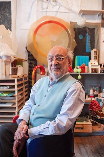 Gaetano Pesce dal suo studio di Soho, nel cuore di New York, città in cui abita