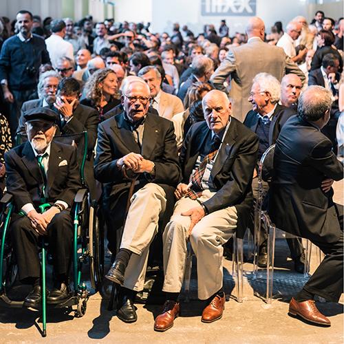 Kenji Ekuan, Dieter Rams, Richard Sapper durante la cerimonia di premiazione per il Compasso d'Oro 2014