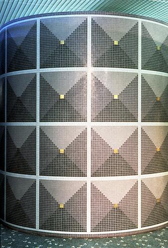 Decoro in mosaico Bisazza, casa Bisazza Milano 1996