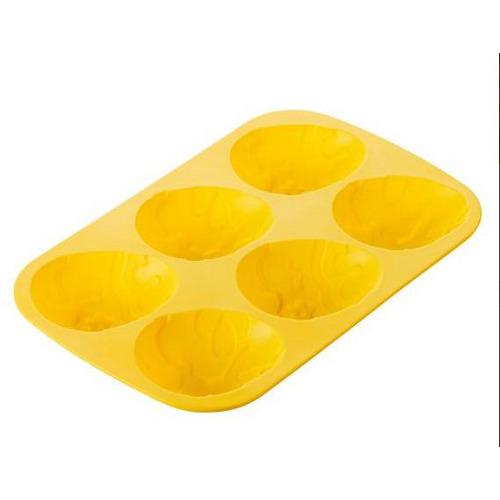 Delicia è uno stampo in silicone per uova di cioccolato di Tescoma, 12,90 euro